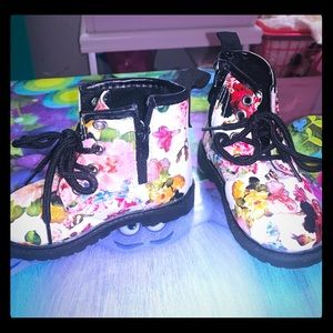 Toddler girl floral boots